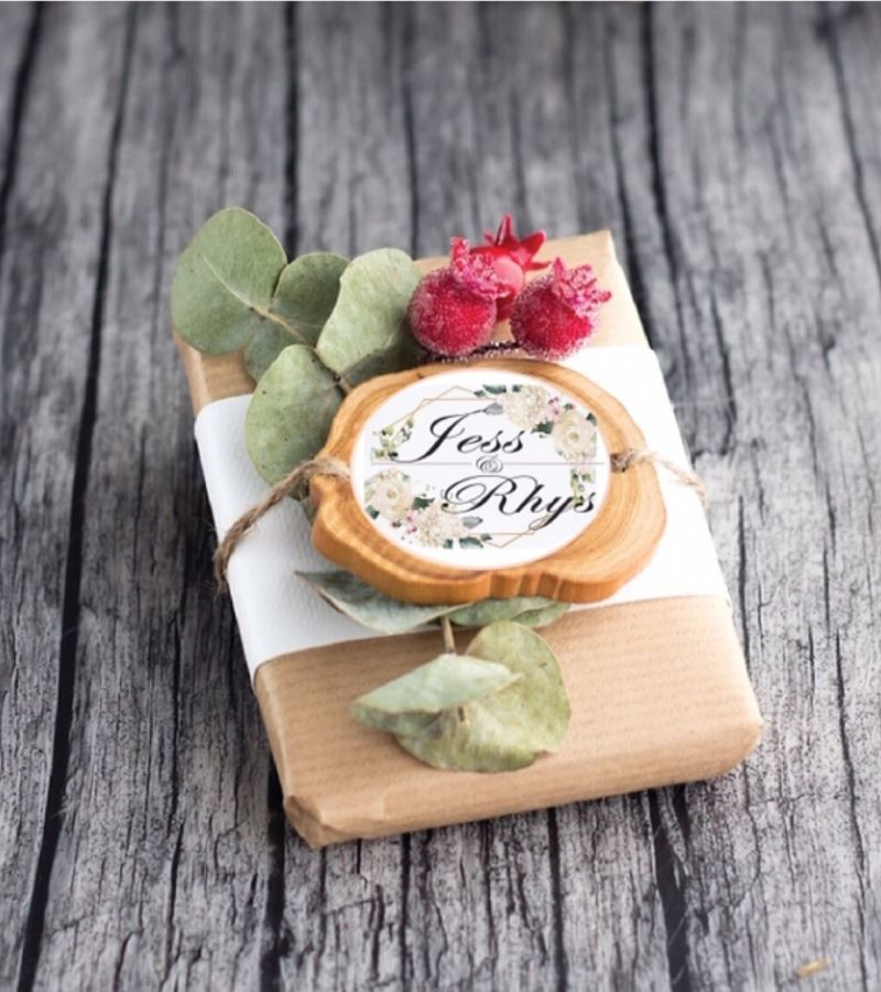 personalised rustic wedding favour